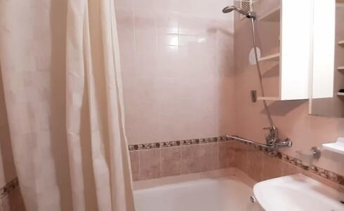 Продается 1-комнатная квартира 36м2  в Новом Городе, 62 комплекс, номер 9018 - 10