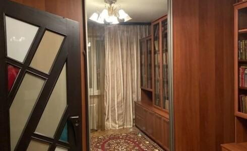 Продается 3-комнатная квартира 65м2  в Новом Городе, 47 комплекс, номер 8163 - 10