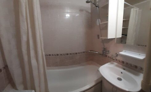Продается 1-комнатная квартира 36м2  в Новом Городе, 62 комплекс, номер 9018 - 6