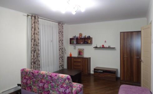 Продается 1-комнатная квартира 49м2  в Новом Городе, 13 комплекс, номер 6093 - 8