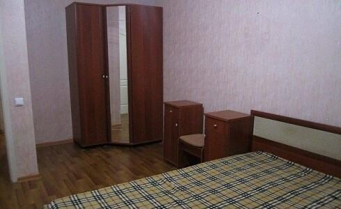 Сдается 2 комнатная квартира 64м2 , 60 комплекс, номер 1001324 - 4
