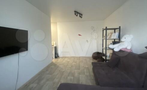 Продается 1-комнатная квартира 33м2 , 17 комплекс, номер 110076 - 2