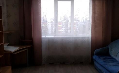 Сдается 2 комнатная квартира 50м2 , 16 комплекс, номер 1002513 - 9