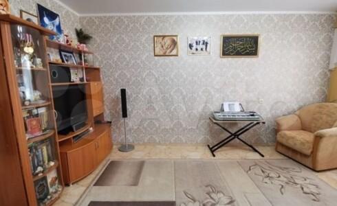Продается 3-комнатная квартира 60м2 , 18 комплекс, номер 8248 - 18