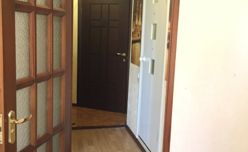 Продается 1-комнатная квартира 38м2  в Новом Городе, 38 комплекс, номер 3777 - 1
