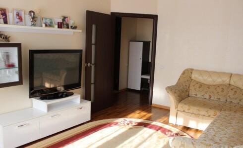 Продается 2-комнатная квартира 56м2  в Новом Городе, 35 комплекс, номер 3896 - 5
