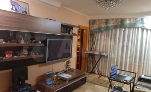 Продается 3-комнатная квартира 49м2  в Новом Городе, 17 комплекс, номер 9401 - 6