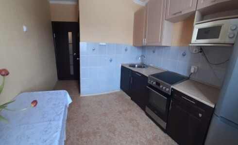 Продается 1-комнатная квартира 36м2  в Новом Городе, 62 комплекс, номер 9018 - 11