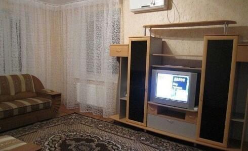 Сдается 2 комнатная квартира 64м2 , 60 комплекс, номер 1001324 - 2