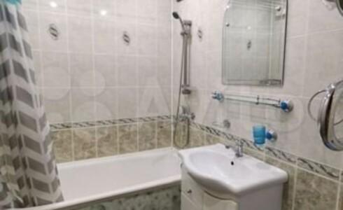 Продается 3-комнатная квартира 60м2 , 18 комплекс, номер 8248 - 2