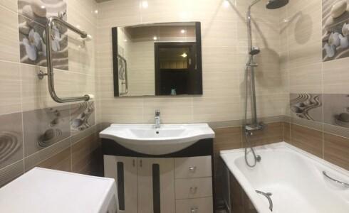 Продается 2-комнатная квартира 62м2  в Новом Городе, 65 комплекс, номер 9537 - 9