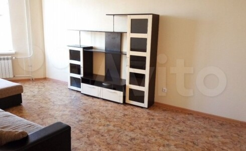Продается 1-комнатная квартира 45м2 , 60 комплекс, номер 9276 - 7