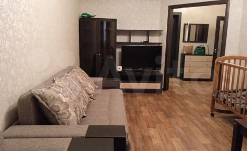 Продается 1-комнатная квартира 45м2 , 38 комплекс, номер 110444 - 1