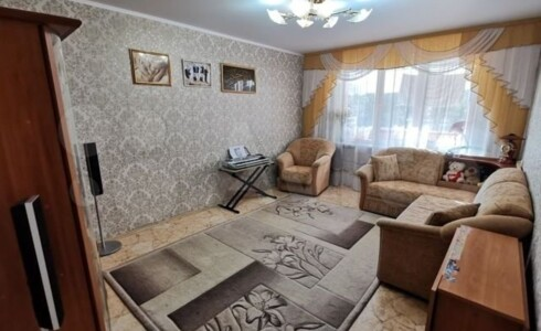Продается 3-комнатная квартира 60м2 , 18 комплекс, номер 8248 - 20