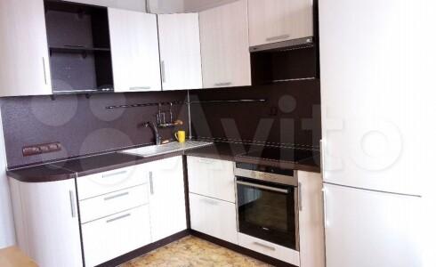 Продается 1-комнатная квартира 45м2 , 60 комплекс, номер 9276 - 1
