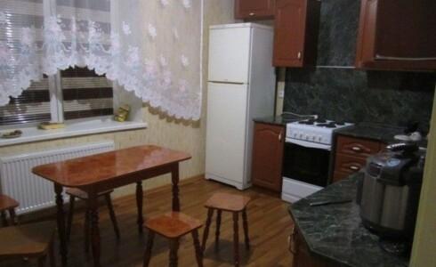 Сдается 2 комнатная квартира 64м2 , 60 комплекс, номер 1001324 - 10
