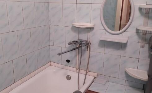 Продается 3-комнатная квартира 58м2  на ГЭСе, 6 комплекс, номер 7409 - 3
