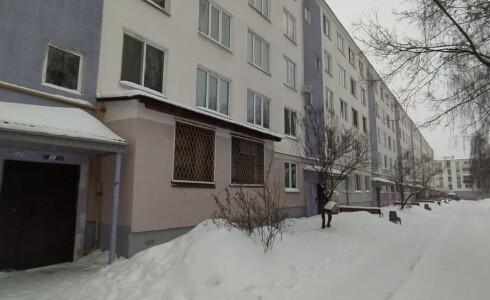 Продается 2-комнатная квартира 44м2  на ГЭСе, 2 комплекс, номер 8777 - 5