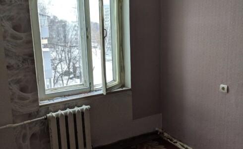 Продается 4-комнатная квартира 57м2  на ЗЯБи, 15 комплекс, номер 5747 - 5