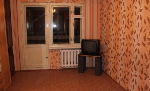 Сдается 1 комнатная квартира 35м2 , 52 комплекс, номер 1008176 - 2