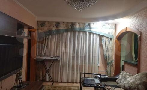 Продается 3-комнатная квартира 49м2  в Новом Городе, 17 комплекс, номер 9401 - 7