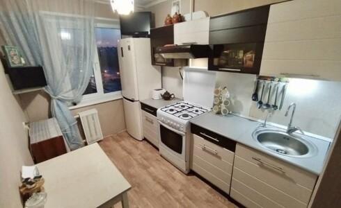Продается 3-комнатная квартира 58м2  в Новом Городе, 28 комплекс, номер 9048 - 7