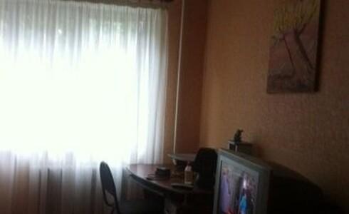 Сдается 2 комнатная квартира 30м2 , 48 комплекс, номер 1005580 - 3