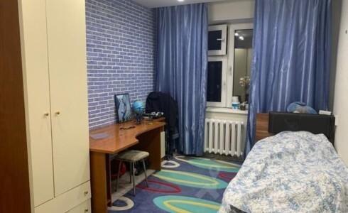 Продается 3-комнатная квартира 67м2 , 18 комплекс, номер 9164 - 3