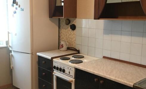 Сдается 2 комнатная квартира 51м2 , 38 комплекс, номер 1004233 - 9