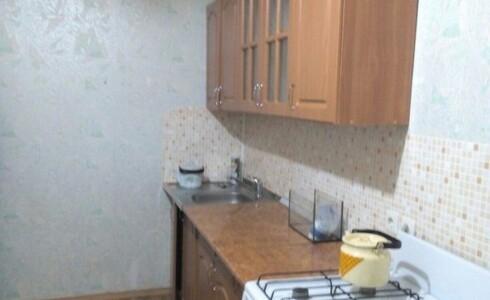 Сдается 1 комнатная квартира 40м2 , 14 комплекс, номер 1003197 - 4