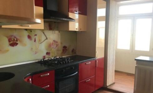 Продается 4-комнатная квартира 76м2  в Новом Городе, 43 комплекс, номер 3049 - 8