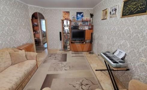 Продается 3-комнатная квартира 60м2 , 18 комплекс, номер 8248 - 22