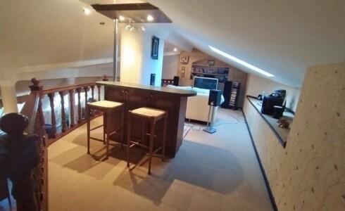 Продается 3-комнатная квартира 181м2  в Новом Городе, 14 комплекс, номер 9039 - 16