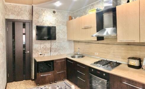 Продается 2-комнатная квартира 54м2  на ЗЯБи, 18 комплекс, номер 7723 - 1