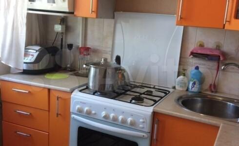 Продается 3-комнатная квартира 58м2 , 18 комплекс, номер 8825 - 8