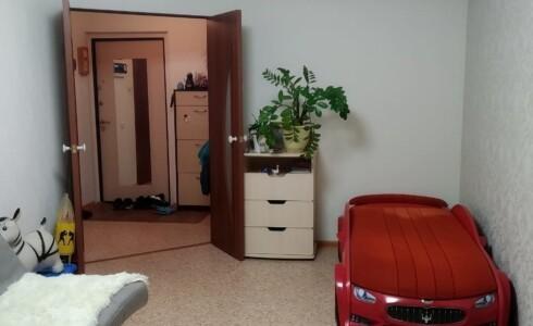 Продается 1-комнатная квартира 41м2  в Новом Городе, 65 комплекс, номер 2798 - 13