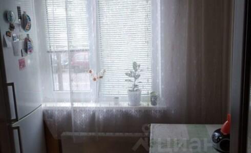Продается 2-комнатная квартира 45м2 , 28 комплекс, номер 110521 - 6
