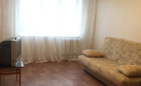 Продается 2-комнатная квартира 51м2  в Новом Городе, 54 комплекс, номер 7608 - 3