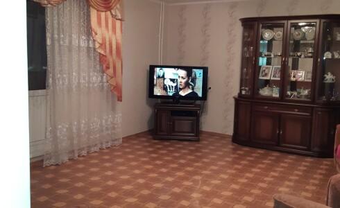 Продается 3-комнатная квартира 72м2  в Новом Городе, 62 комплекс, номер 6360 - 1