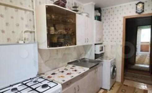 Продается 3-комнатная квартира 60м2 , 18 комплекс, номер 8248 - 7