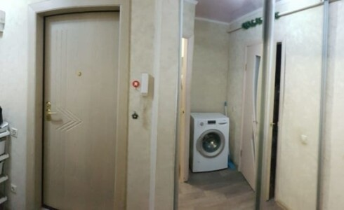 Продается 2-комнатная квартира 45м2  в Новом Городе, 42 комплекс, номер 2418 - 1