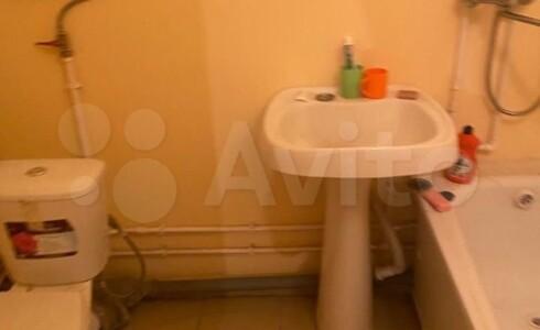 Продается 1-комнатная квартира 36м2 , 20 комплекс, номер 110163 - 9