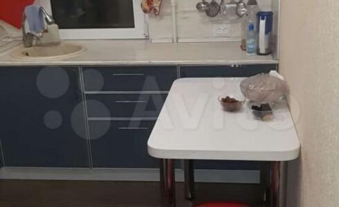 Продается 2-комнатная квартира 43м2 , 15 комплекс, номер 110558 - 4