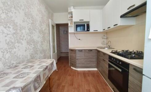 Продается 2-комнатная квартира 51м2 , 18 комплекс, номер 109567 - 2