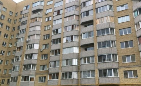 Продается 1-комнатная квартира 37м2  в Новом Городе, 65 комплекс, номер 3040 - 2