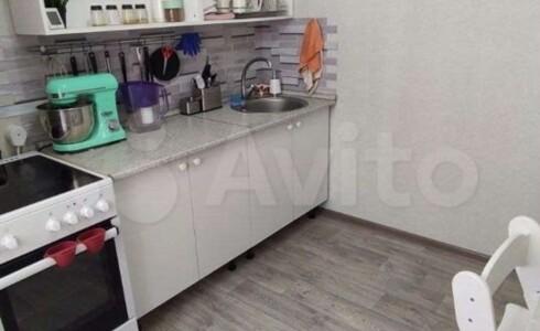 Продается 1-комнатная квартира 34м2 , 65 комплекс, номер 110143 - 4