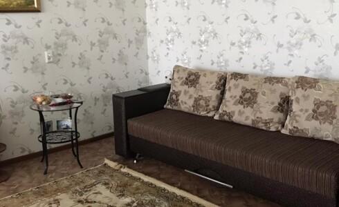 Продается 2-комнатная квартира 45м2 , 3 комплекс, номер 8392 - 7