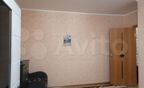 Продается 2-комнатная квартира 44м2 , 4 комплекс, номер 8876 - 6