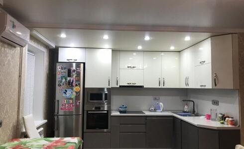 Продается 4-комнатная квартира 90м2  в Новом Городе, 52 комплекс, номер 3027 - 5