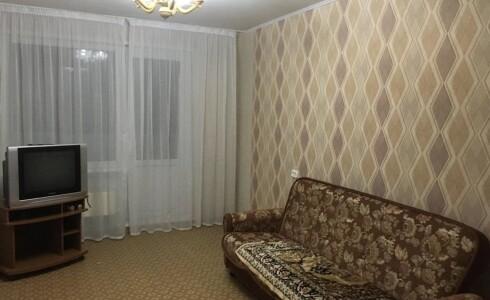 Продается 3-комнатная квартира 60м2 , 39 комплекс, номер 8513 - 1